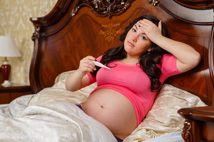 Koorts In De Zwangerschap Kan Vroegtijdig Weeën Opwekken. Wat Moet Je Doen Bij Koorts