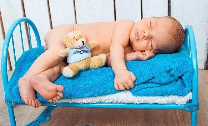 Veilig Baby Bed Opmaken Doe Je Zo